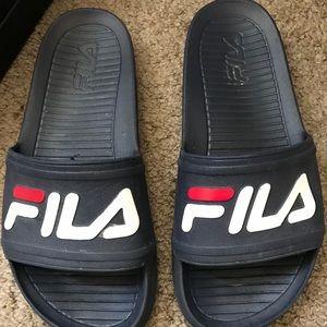 Fila Slides